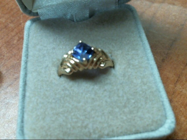 Lady's Gold Ring 14K Tanzanite 4.3g TW