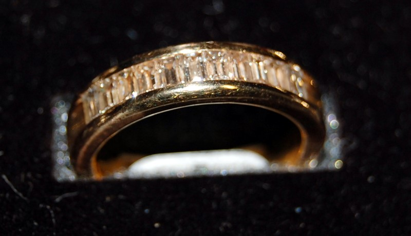 Gent's Gold-Diamond Wedding Band 11 Diamonds 1.10 Carat T.W. 14K Yellow Gold