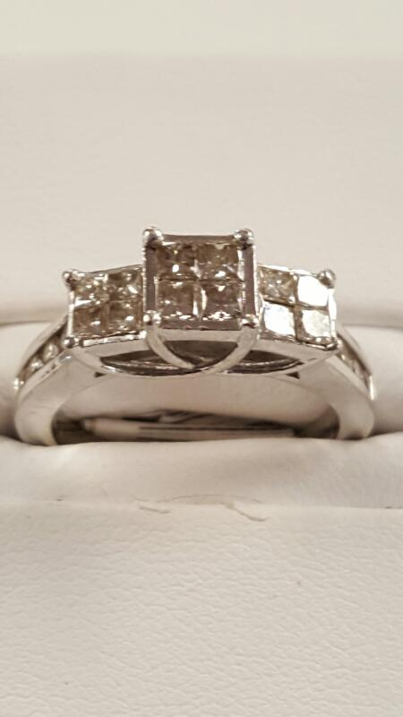 Lady's Diamond Engagement Ring 20 Diamonds 1.28 Carat T.W. 10K White Gold