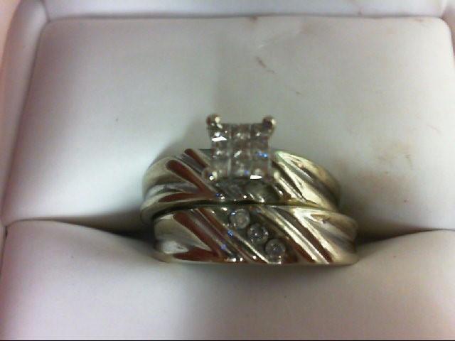 Lady's Diamond Wedding Set 12 Diamonds 0.33 Carat T.W. 10K White Gold 4g