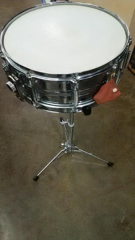 Appllo Snare Drum W/ Stand