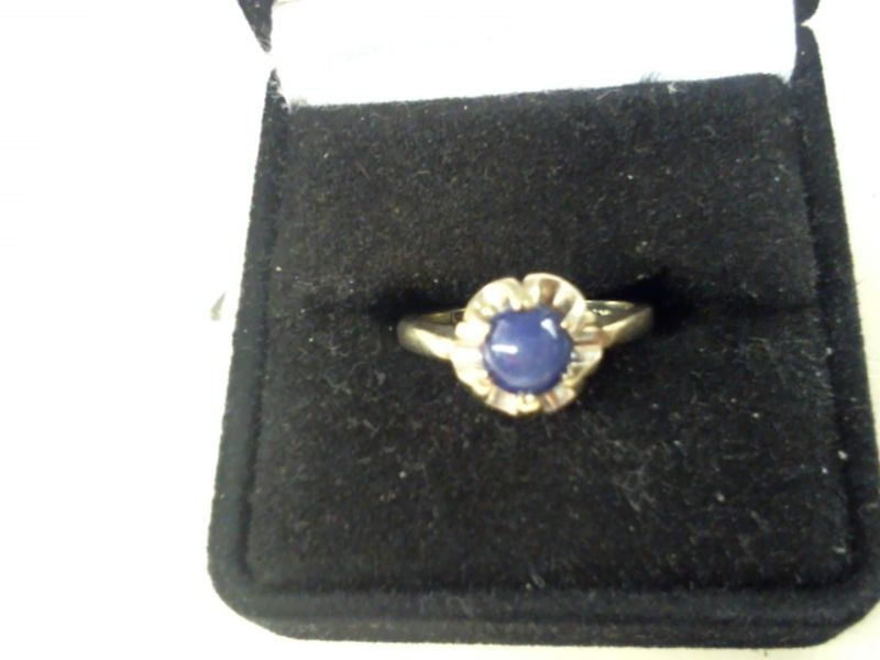 Star Sapphire Lady's Stone Ring 14K White Gold 2.9g