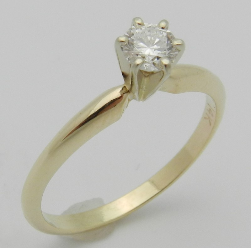 Lady's Diamond Solitaire Ring .30 CT. 14K Yellow Gold 1.8g Size:6