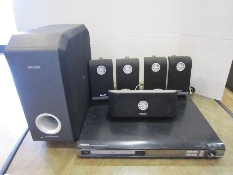 PHILIPS Surround Sound Speakers & System HTS3400/37
