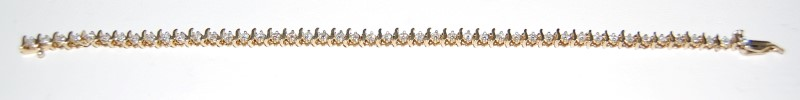 Gold-Diamond Bracelet 46 Diamonds 1.84 Carat T.W. 10K Yellow Gold 7g