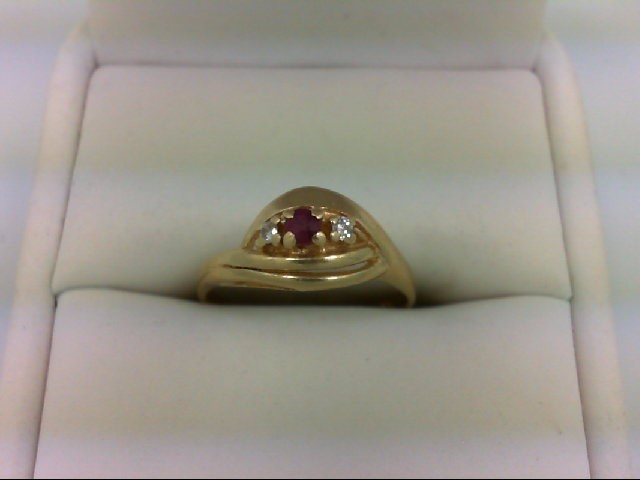 Ruby Lady's Stone & Diamond Ring 2 Diamonds 0.04 Carat T.W. 14K Yellow Gold 2.5g