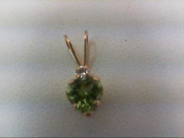 Peridot Gold-Diamond & Stone Pendant .01 CT. 10K Yellow Gold 0.2g