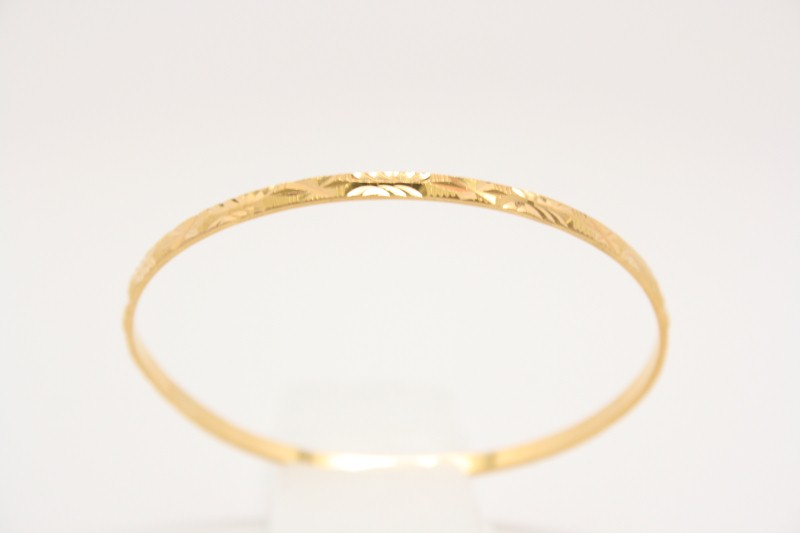 FANCY DESIGN 22K YELLOW GOLD BANGLE BRACELET