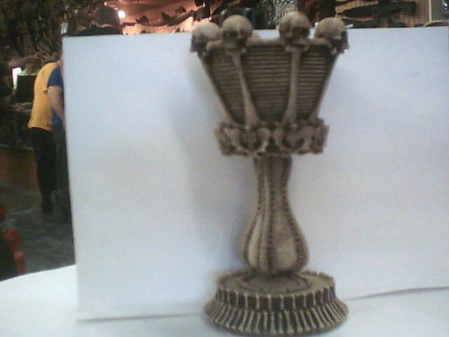 COLLECTBIBLE SKULL CANDLE HOLDER