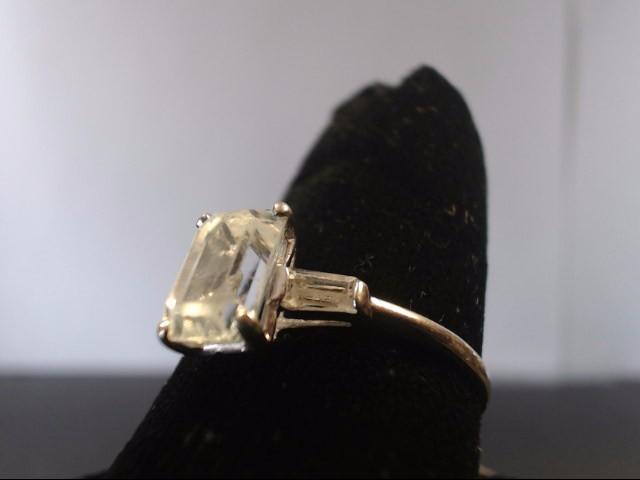Synthetic White Stone Lady's Stone Ring 14K White Gold 2.5g