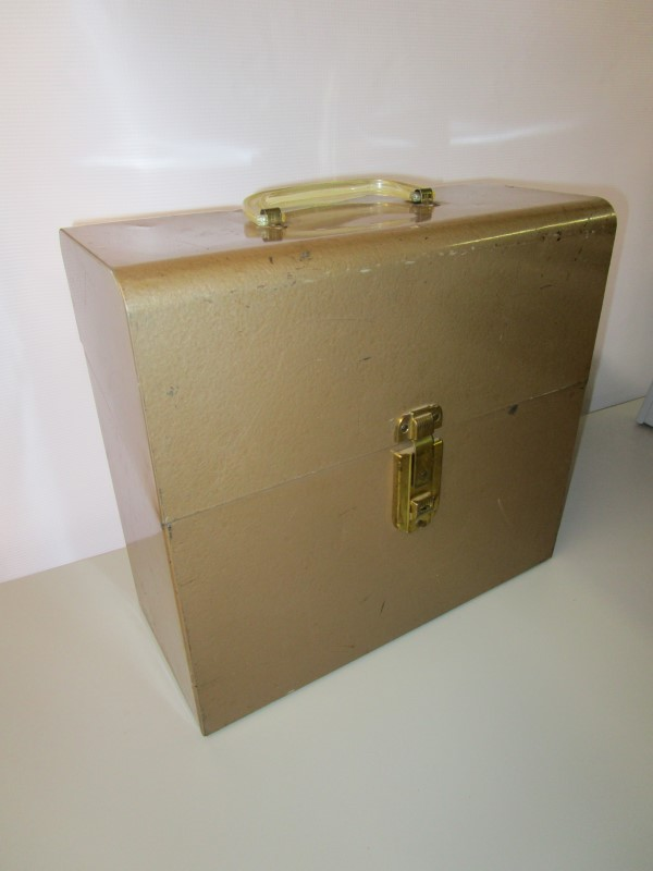 VINTAGE AMRITE AMFILE METAL STORAGE BOX WITH KEYS, BEAUTIFUL LIGHT BRONZE HAMMER