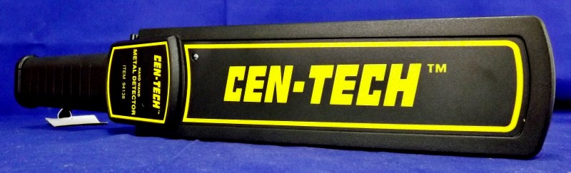 CEN TECH METAL DETECTOR HAND WAND