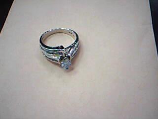 Lady's Diamond Fashion Ring 31 Diamonds 1.10 Carat T.W. 14K Yellow Gold 6.5g