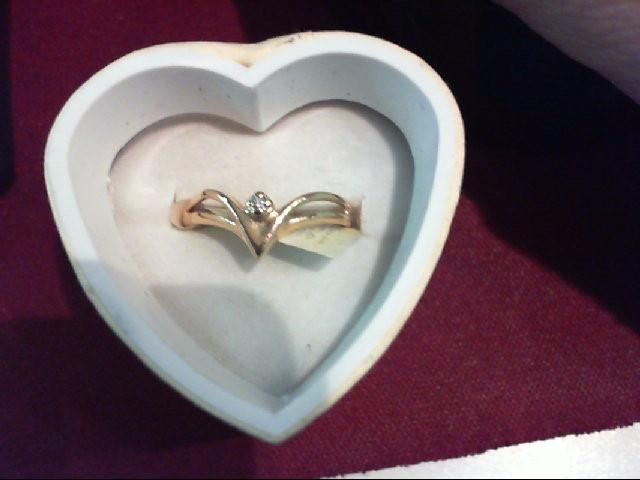 Lady's Diamond Fashion Ring .01 CT. 14K Yellow Gold 1.7g