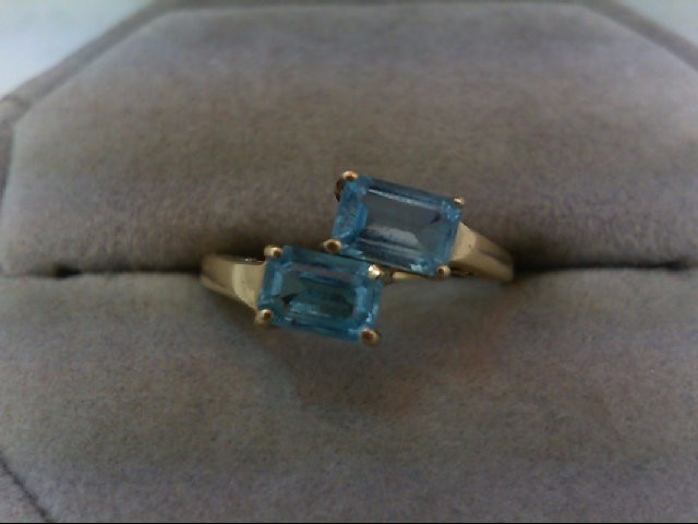 Blue Topaz Lady's Stone Ring 10K Yellow Gold 1.6g