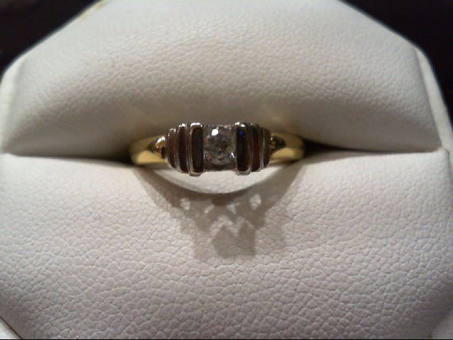Lady's Diamond Engagement Ring .15 CT. 14K 2 Tone Gold 3.1g