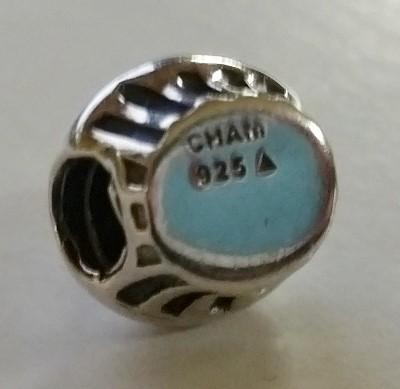 Authentic Chamilia Cham 925 Silver & Enamel Cupcake Charm NA-19