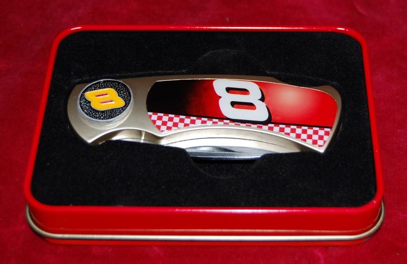 NUMBER 8 POCKET KNIFE