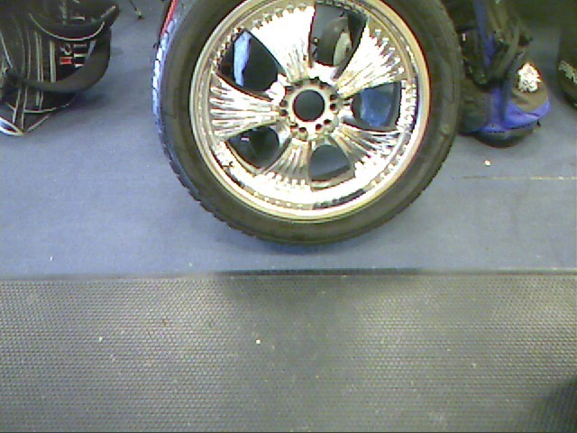 "CROME 22"" RIMS WITH TIRES"
