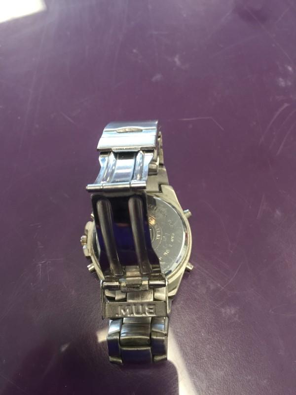 B.U.M. Gent's Wristwatch V360