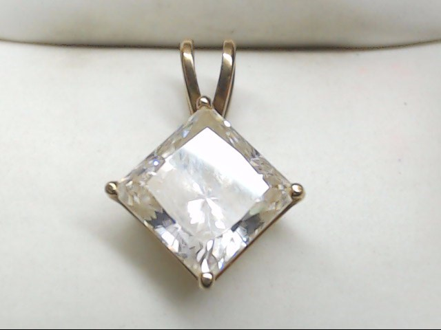 Synthetic Cubic Zirconia Gold-Stone Pendant 10K Yellow Gold 1.5g