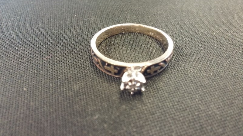Lady's Gold Ring 10K Yellow Gold 1.7dwt Size:7
