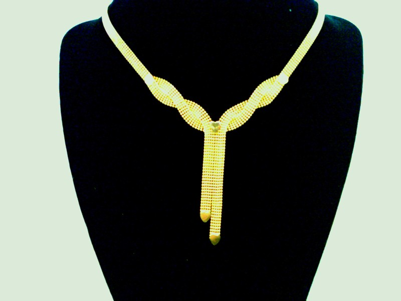 "18"" GOLD FINE NECKLACE WITH HEARTS"