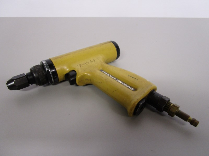STANDARD PNEUMATIC MODEL 668 WIRE WRAPPING TOOL