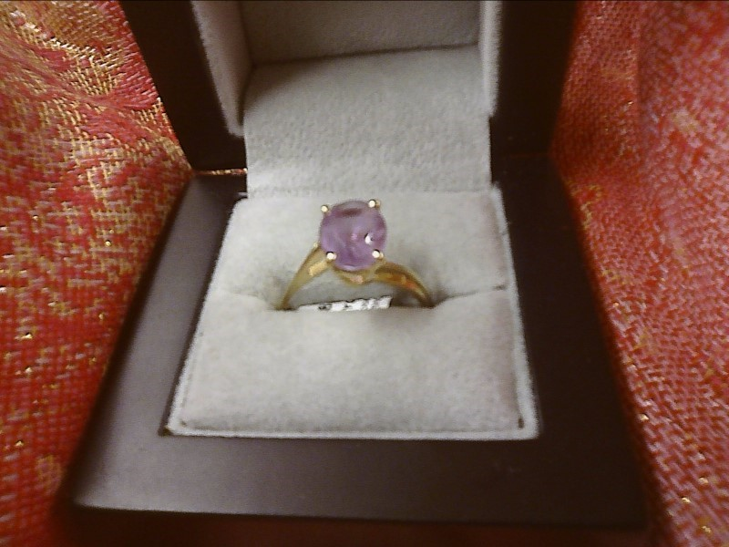 14K YELLOW GOLD RING-.20 CENTER OVAL AMETHYST SIZE: 9
