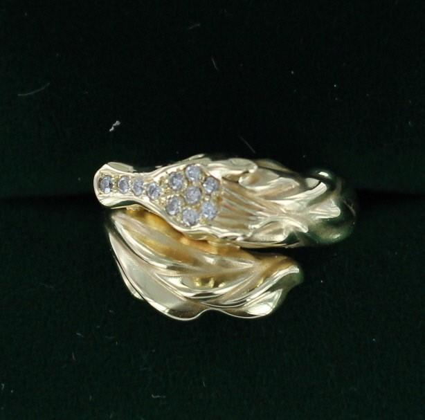 Emerald Lady's Stone & Diamond Ring 11 Diamonds .22 Carat T.W. 14K Yellow Gold