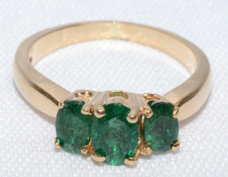 EMERALD 14K YELLOW GOLD RING SIZE 5