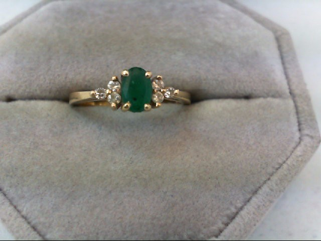 Emerald Lady's Stone & Diamond Ring 6 Diamonds 0.18 Carat T.W. 14K Yellow Gold 2