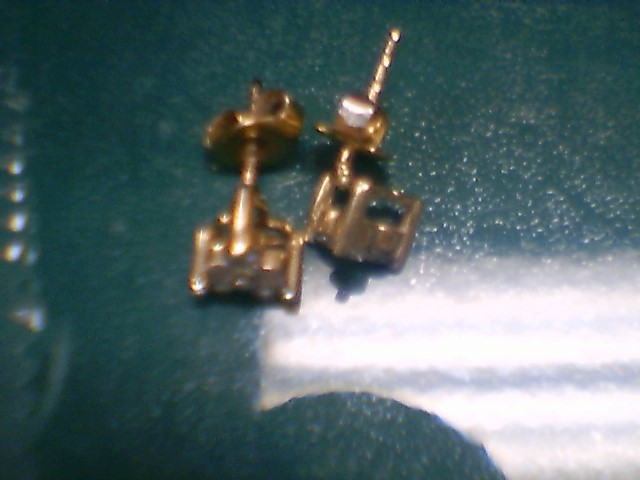 Gold-Diamond Earrings 6 Diamonds .60 Carat T.W. 14K White Gold 1g
