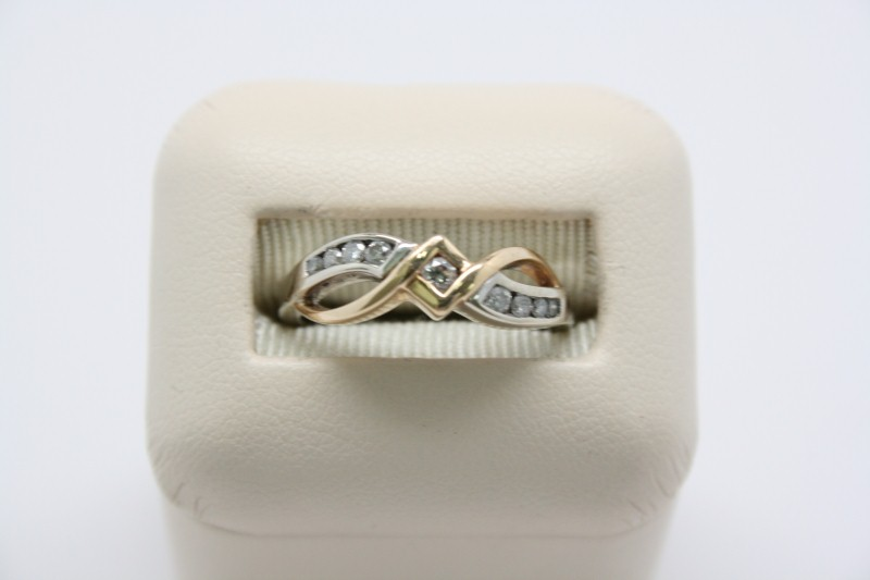 LADY'S 2 TONE FASHION STYLE DIAMOND RING 14K GOLD