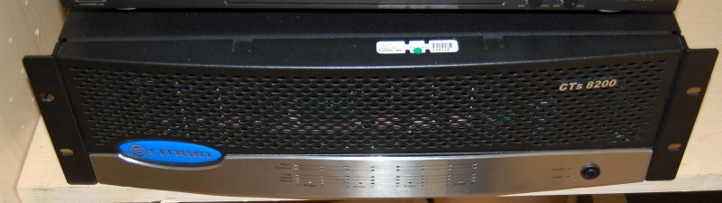 CROWN Amplifier CTS8200A