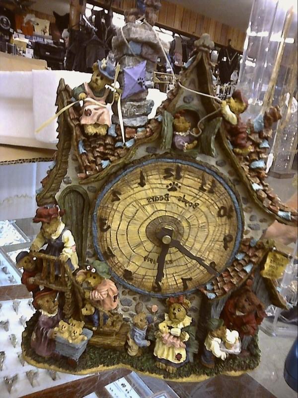 BOYDS BEARS-DANBURY MINT Collectible Plate/Figurine GARDEN SHOP CLOCK