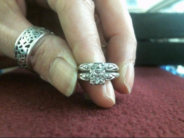 Lady's Diamond Wedding Set .11 CT. 14K White Gold 2.3dwt