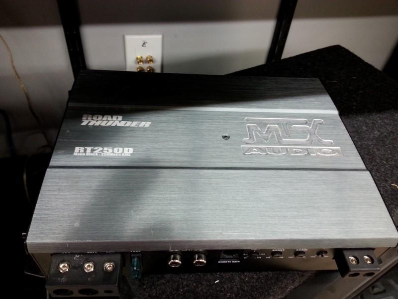 MTX AUDIO Car Amplifier RT250D