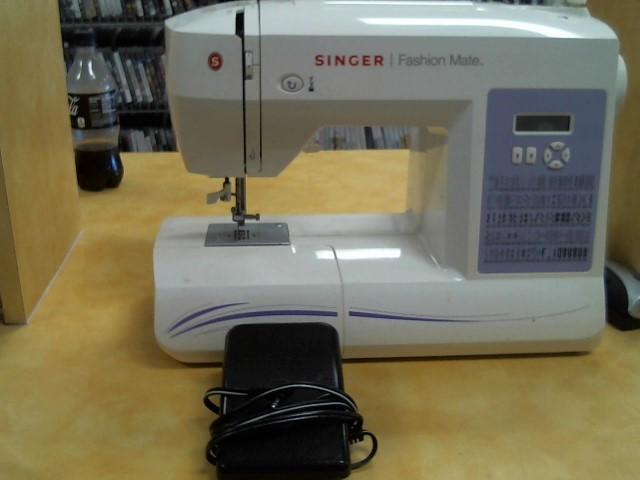 SINGER Sewing Machine FASHION MATE