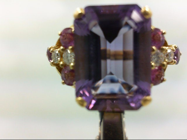 Amethyst Lady's Stone & Diamond Ring 4 Diamonds 0.2 Carat T.W. 18K Yellow Gold 1