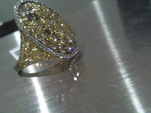 Lady's Gold Ring 18K Yellow Gold 7.58g
