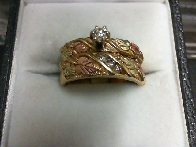 Lady's Diamond Wedding Set 4 Diamonds .16 Carat T.W. 10K Yellow Gold 6g