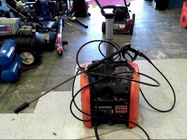 HUSKY Pressure Washer PRESSURE WASHER 2200 PSI