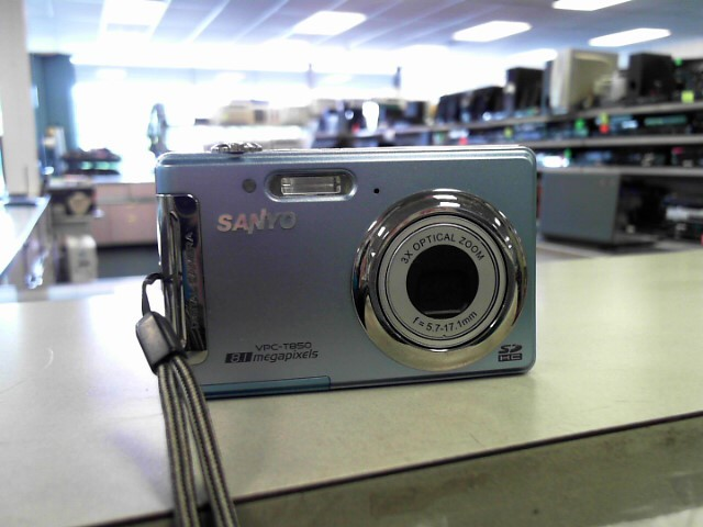 SANYO Digital Camera VPC-T850BL