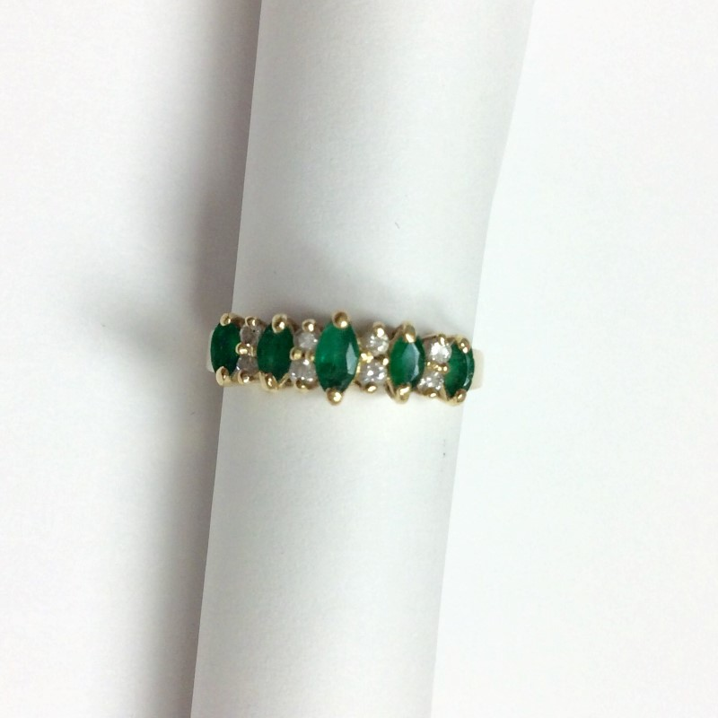 Synthetic Emerald Lady's Stone & Diamond Ring 8 Diamonds .08 Carat T.W.