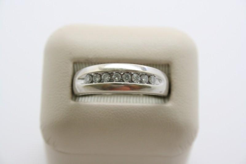 GENTS DIAMOND WEDDING BAND 10K WHITE GOLD
