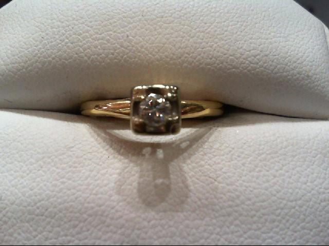 Lady's Diamond Engagement Ring .15 CT. 14K Yellow Gold 1.8g