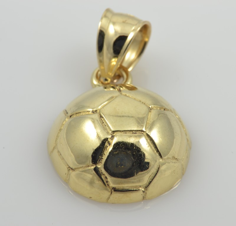 SOCCER BALL CHARM PENDANT SOLID 10K YELLOW GOLD FINE 3D SPORT 2.1G