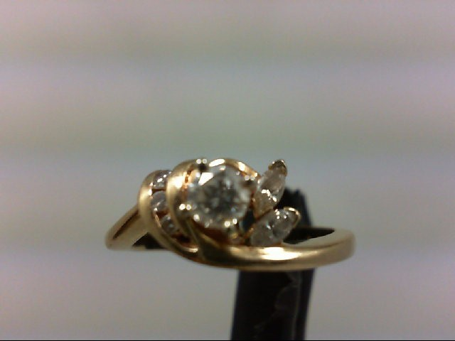Lady's Diamond Cluster Ring 4 Diamonds 0.33 Carat T.W. 14K Yellow Gold 3.7g
