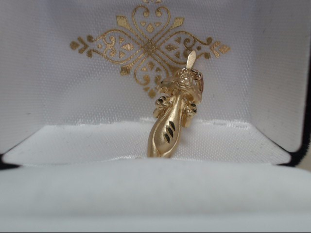 Gold Pendant 14K Yellow Gold 2.4g